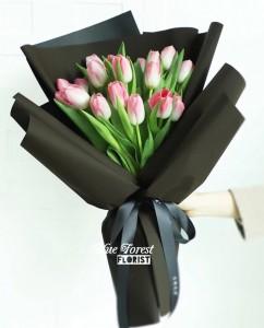 荷蘭粉紅鬱金香花束