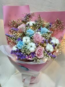 保鮮•愛*永不凋謝玫瑰保鮮花花束(淺藍色+粉紅色)*