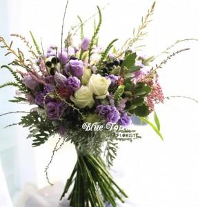 淺紫洋桔梗玫瑰花法式花球