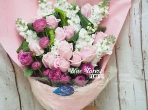 * 櫻之戀*櫻花淡粉色玫瑰配射香花束