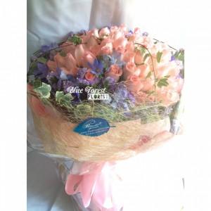 *  [獨家款式]希臘女神*99枝水粉玫瑰求婚花束*