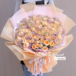 99枝香檳玫瑰配滿天星花束