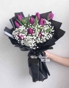 *荷蘭紫色鬱金香配滿天星花束