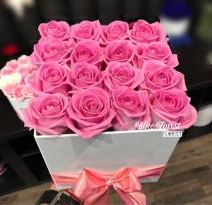 粉紅玫瑰簡約花盒