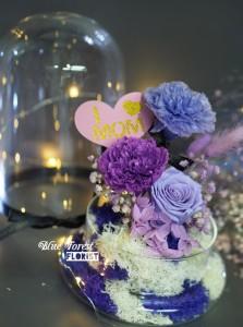 母親節精選 *玻璃罩康乃馨玫瑰保鮮花(深紫/淺紫)*可免費刻上名或祝福字句