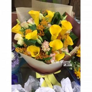 荷蘭黃色馬蹄蘭連襯花花束