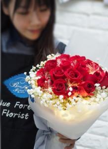 ** [最新推介]光纖發光紅玫瑰花束18枝裝
