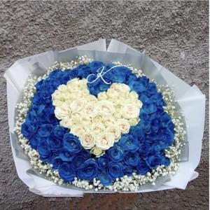 愛琴海之戀*99枝心形藍白玫瑰花束*