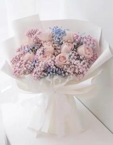 小天使*10枝肯亞淡粉紅玫瑰配滿天星花束