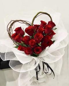 *網紅推介*18枝心形紅玫瑰花束*