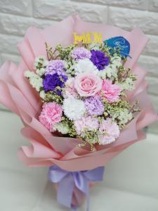 可永久保存*玫瑰保鮮花配康乃馨番梘花花束(粉紅色系)